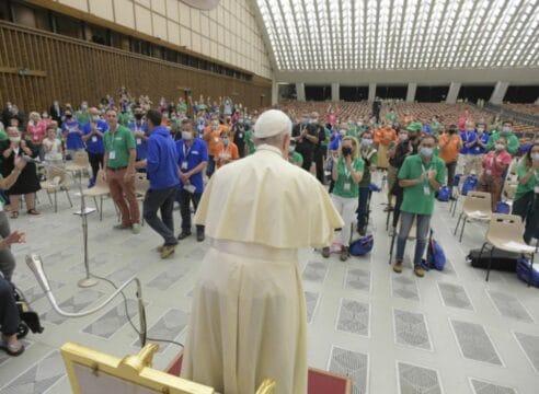 El Papa se reúne con miembros de 'Lázaro' para celebrar sus 10 años
