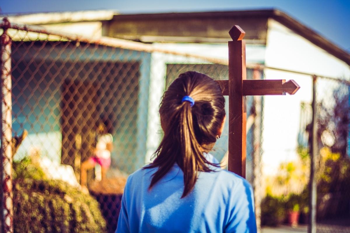 El Papa Francisco ha pedido una Iglesia en salida, misionera, que lleve las parroquias a las calles. Foto: Cathopic.