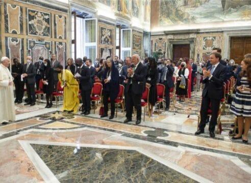 El Papa a los políticos: cuiden al mundo de las amenazas de la tecnología