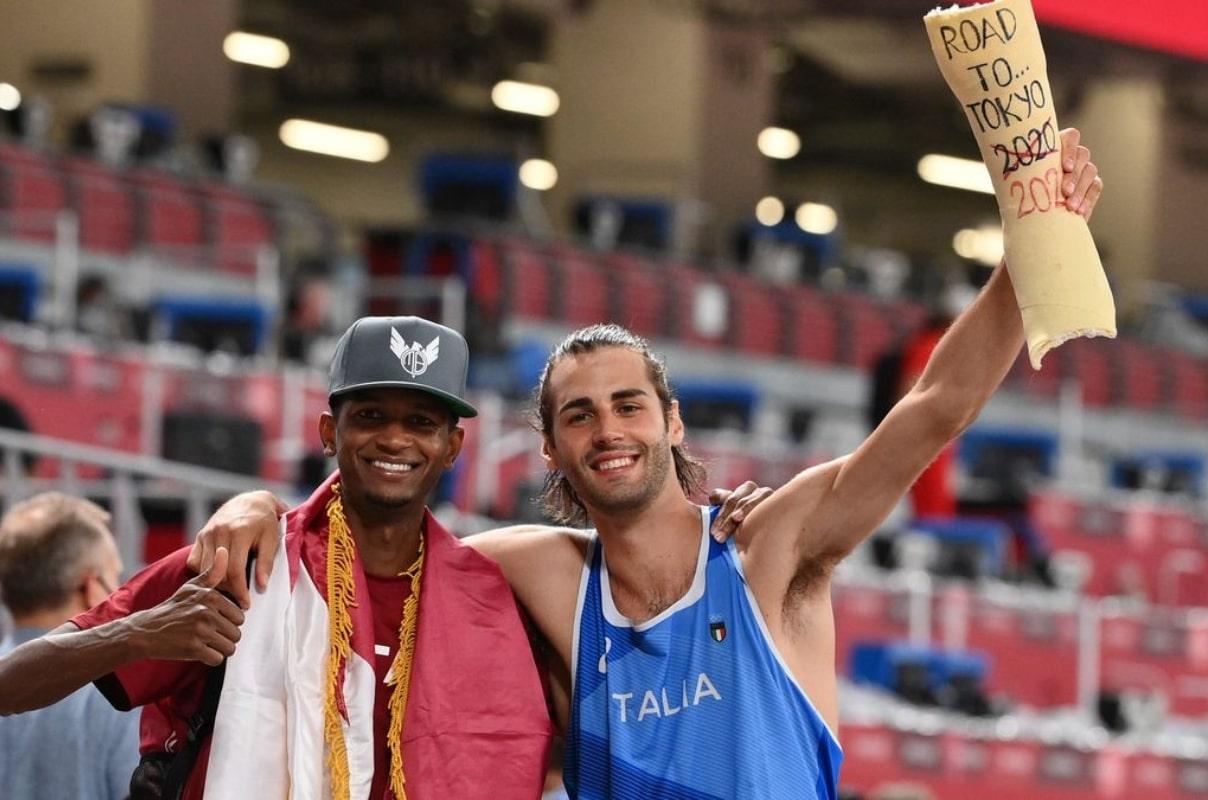 El catarí Mutaz Essa Barshim y el italiano Gianmarco Tamberi acordaron dejar de competir para ambos ganar la medalla de oro. Foto: Europa Press.