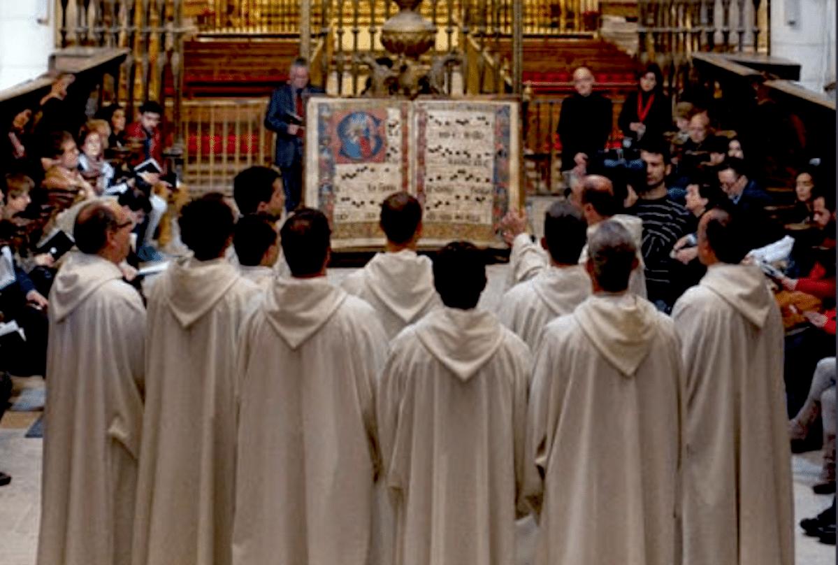 Cantos gregorianos: ¿qué son y cómo surgen?