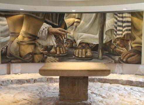 La historia detrás de una pintura que acapara las miradas en Tierra Santa