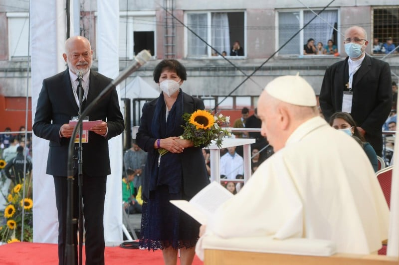 Papa Francisco en la reunión con la comunidad gitana. Foto: Vatican Media.