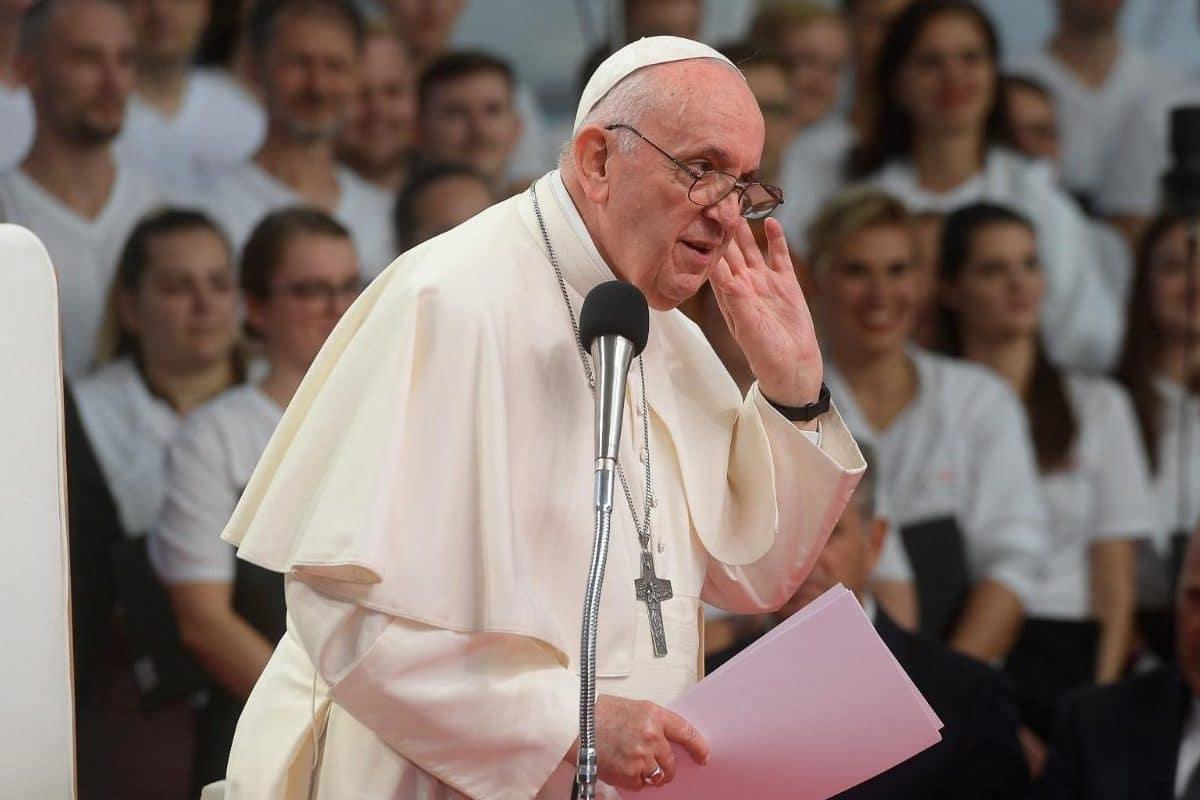 El Papa Francisco se reunió con los jóvenes de Eslovaquia y les dio varios consejos. Foto: Vatican Media