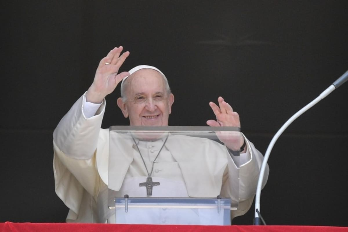 Papa Francisco: No busques prestigio personal, busca servir