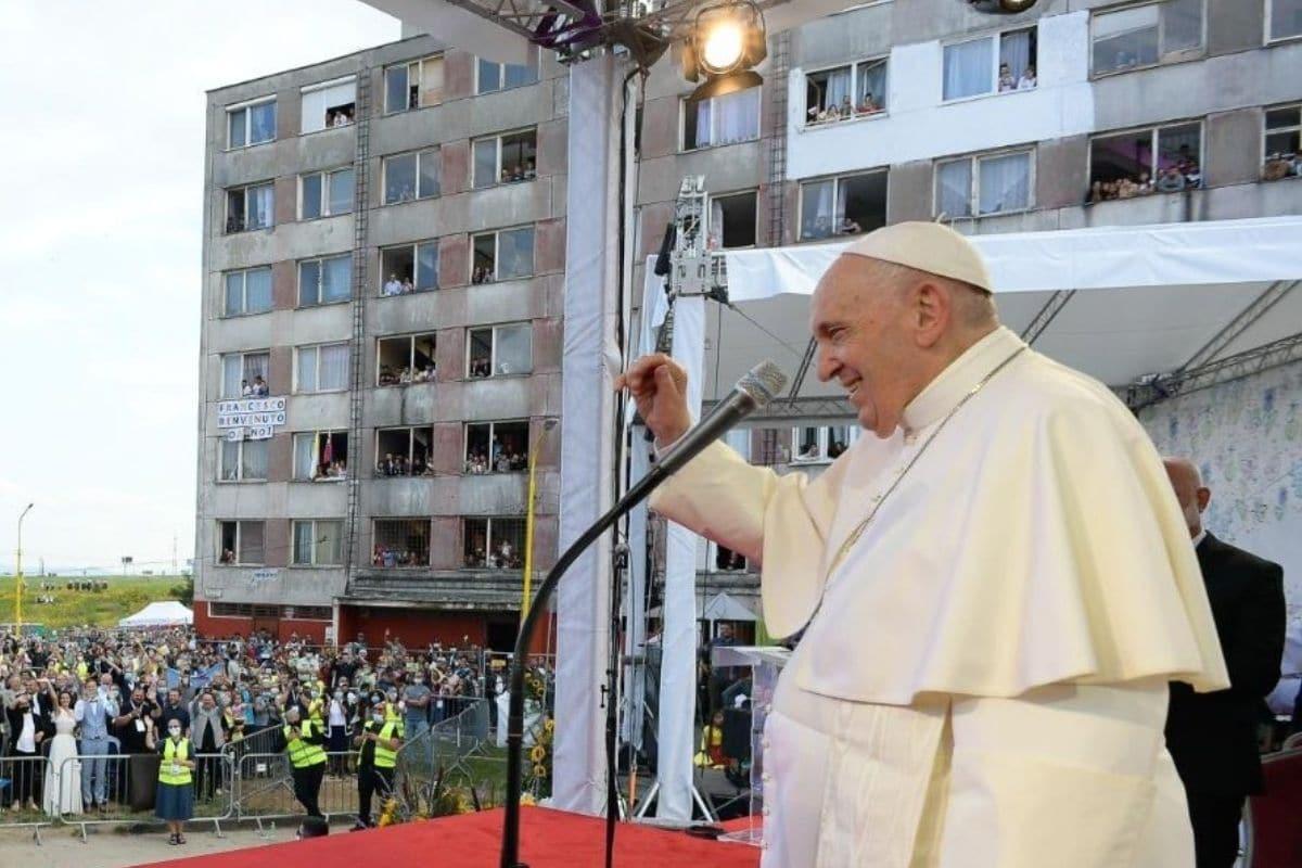 """El Papa a los gitanos de Eslovaquia: """"Están en el corazón de la Iglesia"""""""