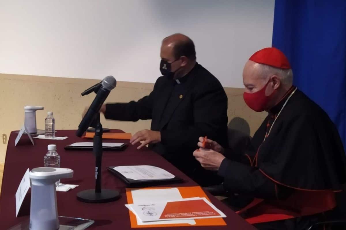 Los presbíteros de la Arquidiócesis de México recibirán atención por Teleasistencia